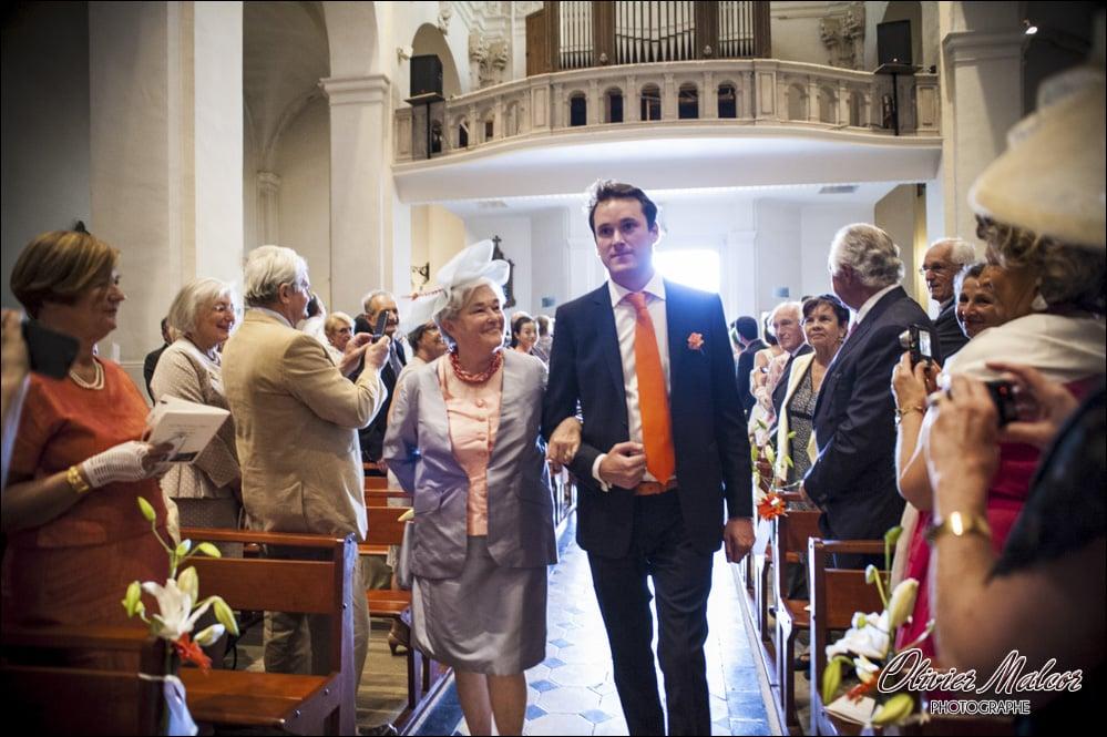 Entré dans l'église du marié