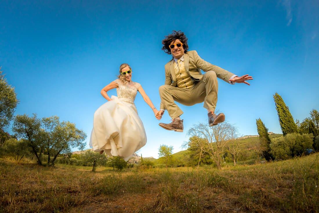 Des mariés hyper fun pour leur photo de couple