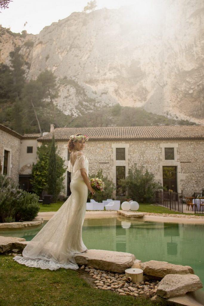 Photo de la marié à l'Auberge du Parc près d'Orgon